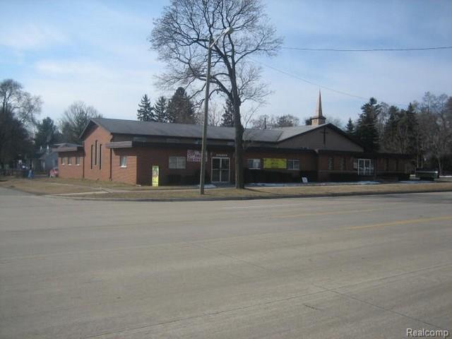 33015 7 Mile RD, Livonia, MI 48152