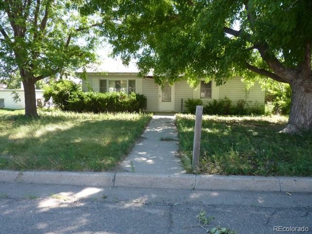 623 Kansas Avenue, Stratton, CO 80836