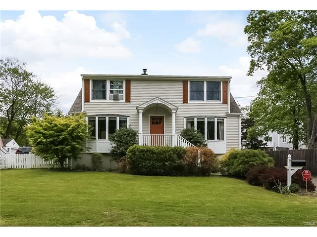 9 New Lane, New Canaan, CT 06840
