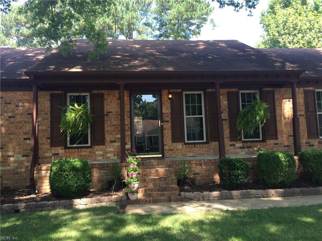 404 WOODBRIDGE DR, Chesapeake, VA 23322