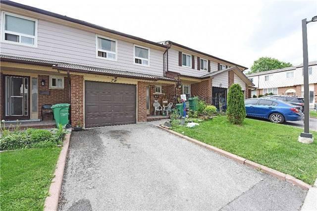 3525 Brandon Gate Dr 74, Mississauga, ON L4T 3M3