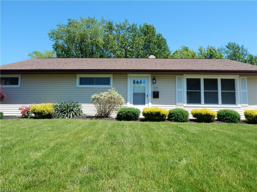 1295 Ranchland Dr, Mayfield Heights, OH 44124