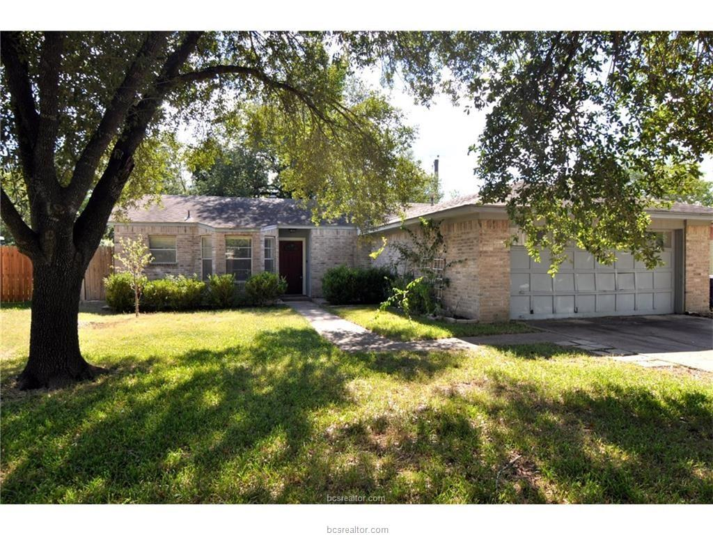 3004 Longleaf Drive, College Station, TX 77845