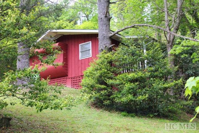 221 Sage Circle, Glenville, NC 28736