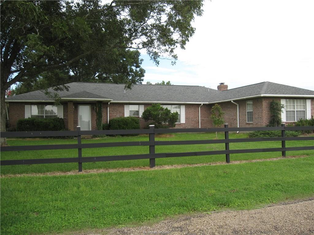 15842 County Road 319, Navasota, TX 77868