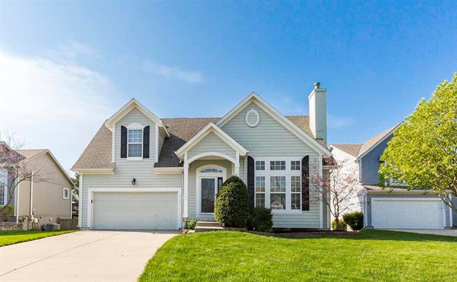 16437 W 158th Terrace, Olathe, KS 66062
