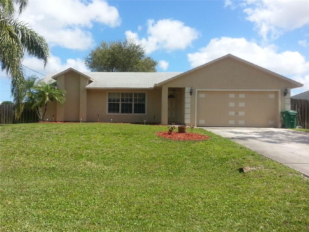 2333 SE Alden Street, Port Saint Lucie, FL 34984