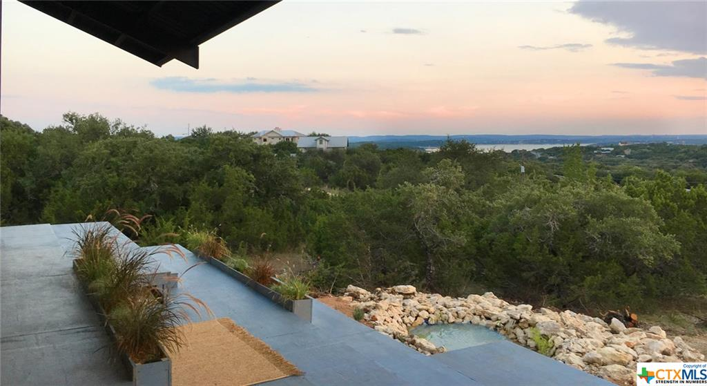 515 La Paloma, Canyon Lake, TX 78133