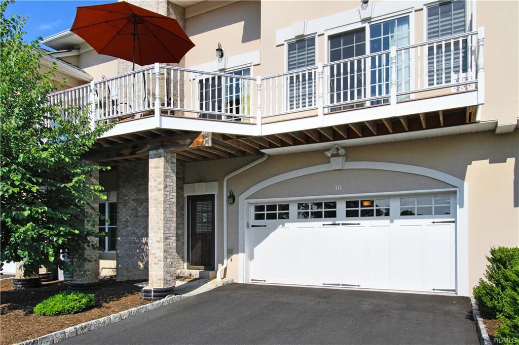 10 W Ryan Mansion Drive, Montebello, NY 10901