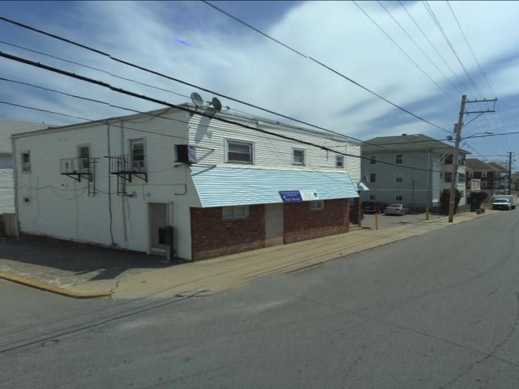 563 Pine ST, Central Falls, RI 02863