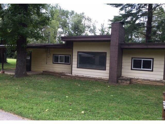 8143 Riverview, Dittmer, MO 63023