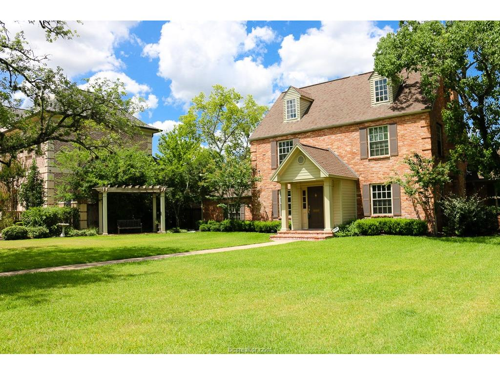 111 Lee Avenue, College Station, TX 77840