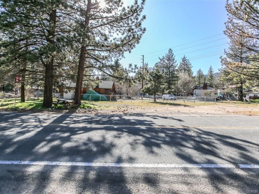 150 North Shore Drive, Big Bear City, CA 92314