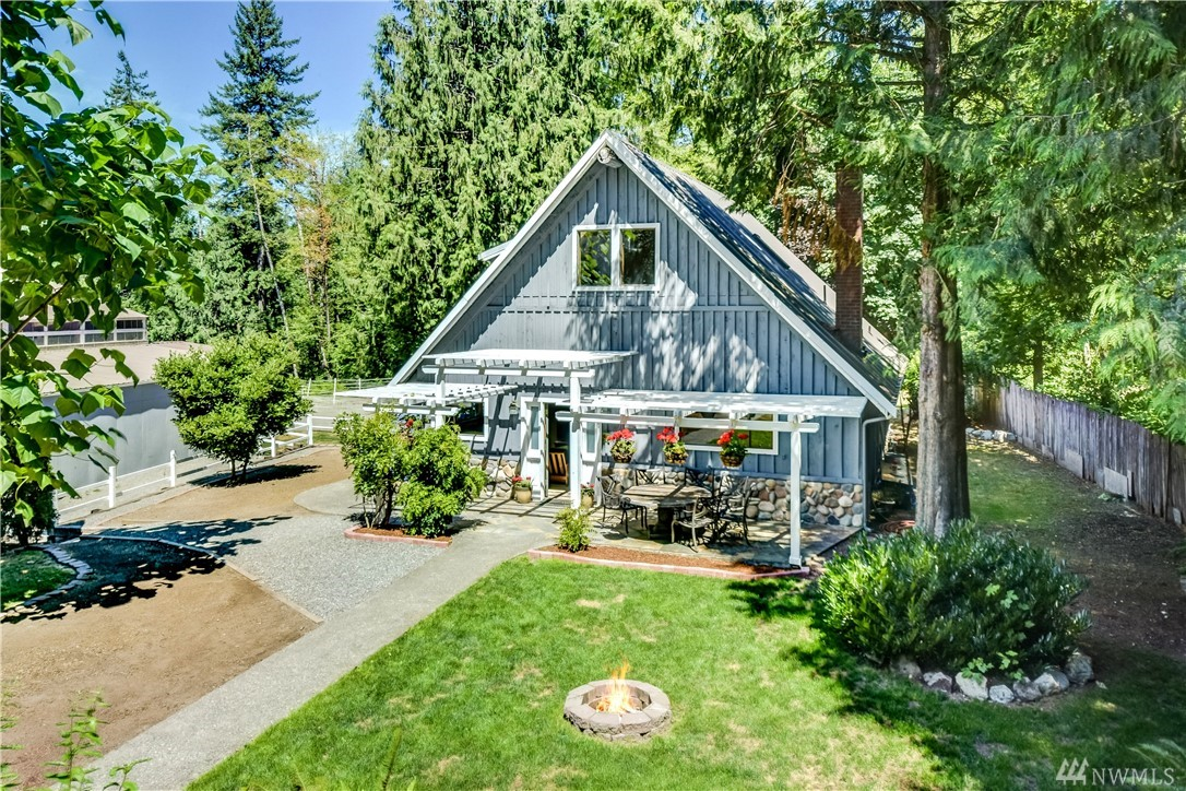 25722 SE Tiger Mountain Rd, Issaquah, WA 98027