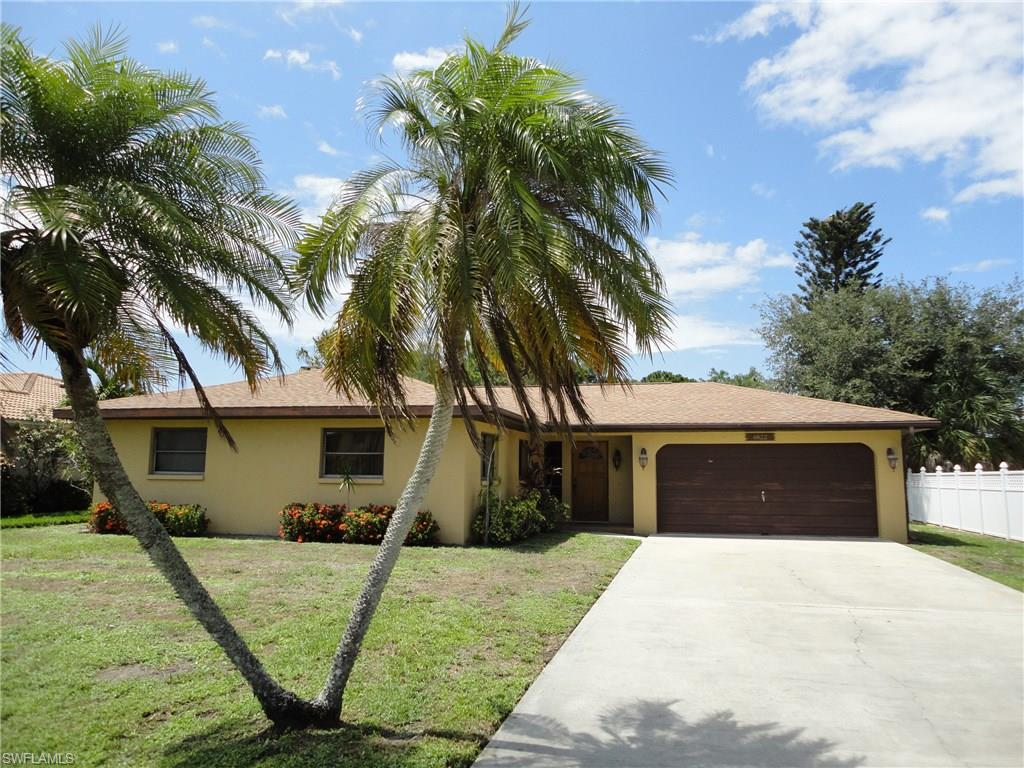 4822 Regal DR, BONITA SPRINGS, FL 34134