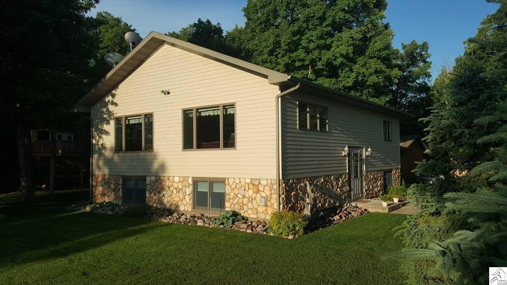 8253 South Shore Dr, Canyon, MN 55717