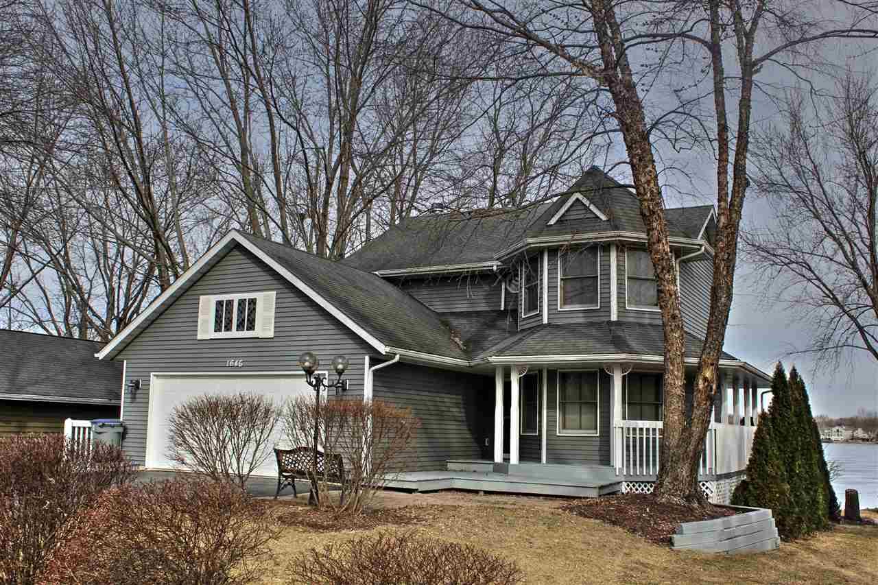 1646 Candlewick Drive, POPLAR GROVE, IL 61065