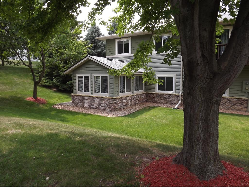 14215 #5 N 44th Place N 5, Plymouth, MN 55446