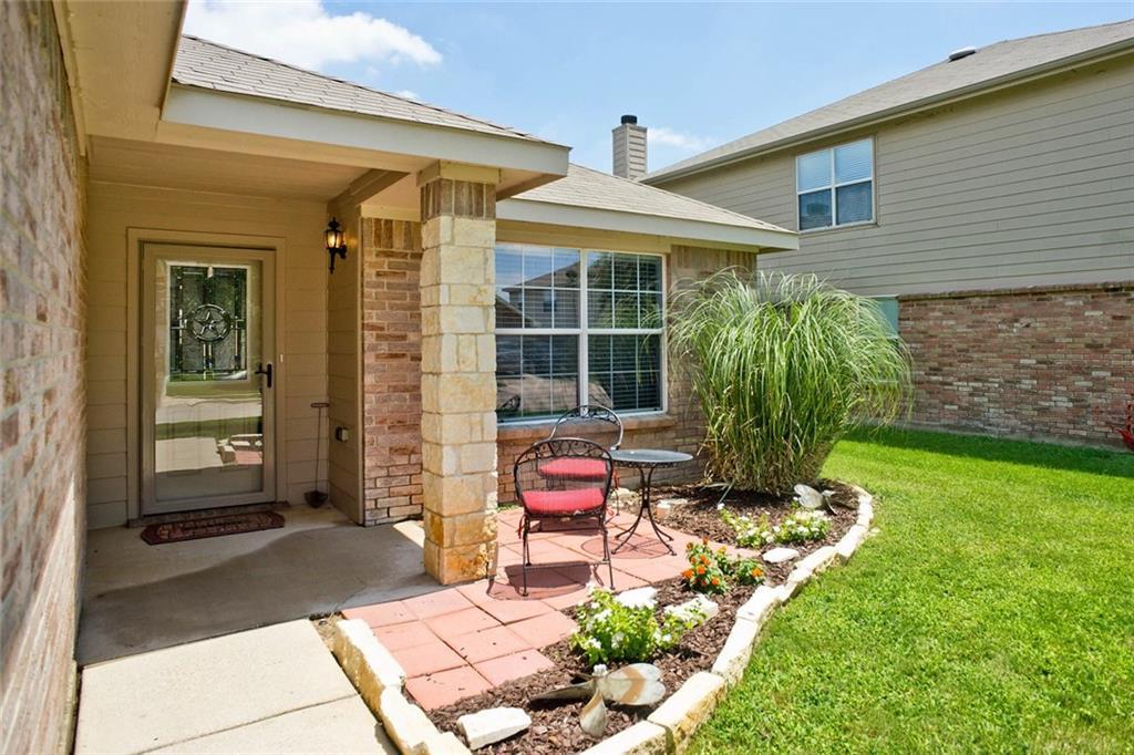 8508 Shallow Creek Drive, Fort Worth, TX 76179