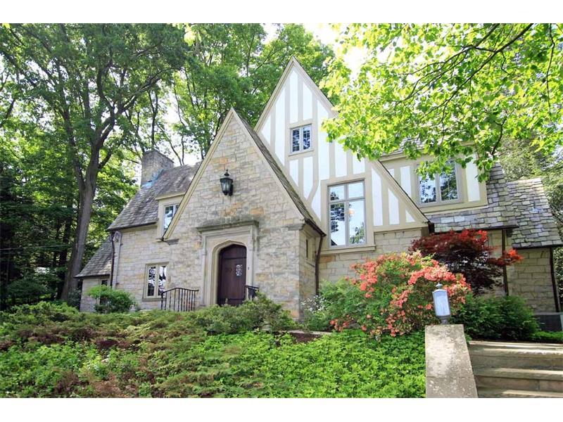 30 Roycroft Avenue, Pittsburgh, PA 15228