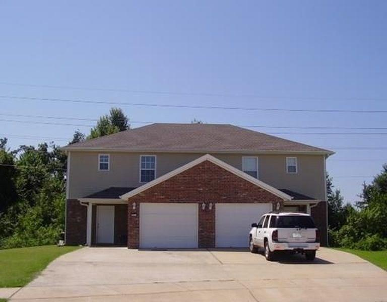 383 Chartres AVE Unit #A and B, Springdale, AR 72764