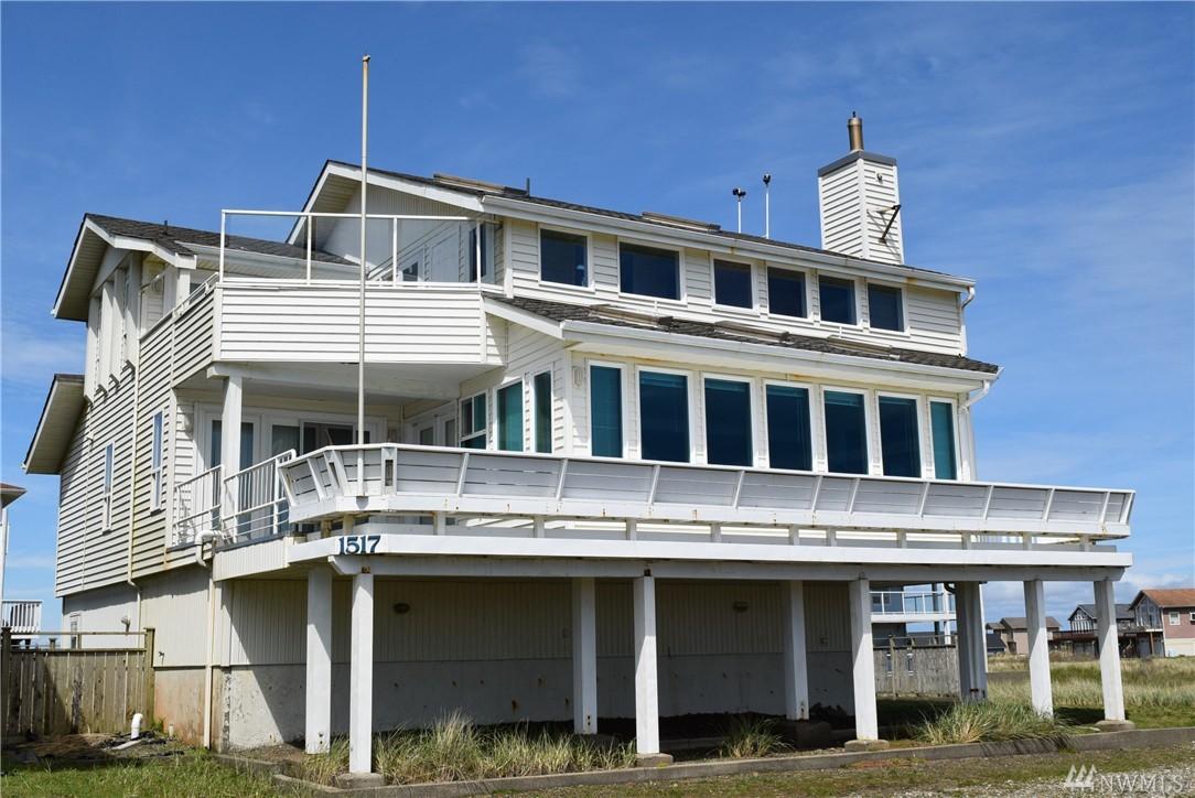 1517 E Ocean Shores Blvd SW, Ocean Shores, WA 98569