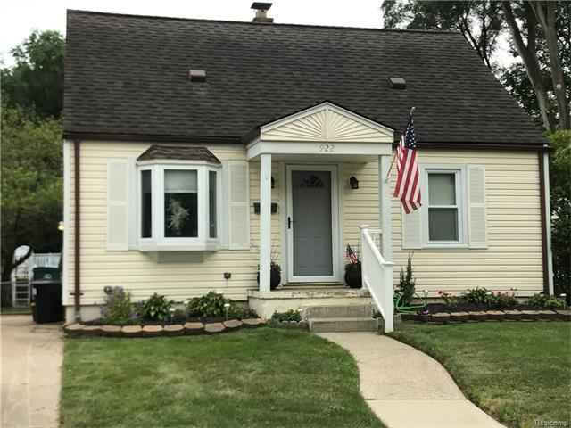 922 BAUMAN Avenue, Royal Oak, MI 48073
