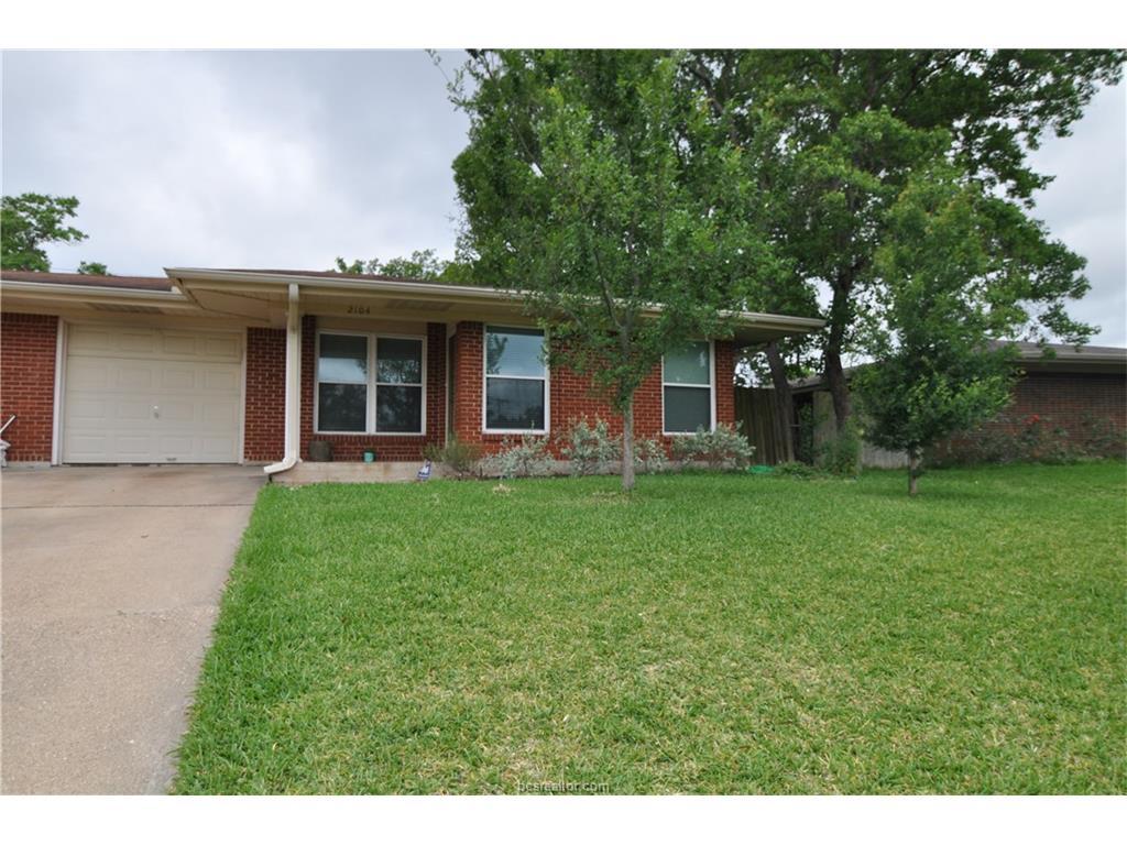 2104 Elmwood Drive, Bryan, TX 77803