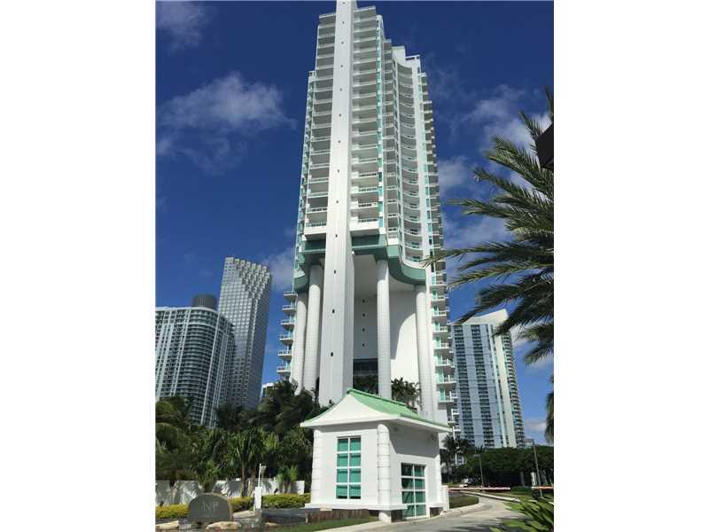 900 Brickell Key Blvd 1604, Miami, FL 33131