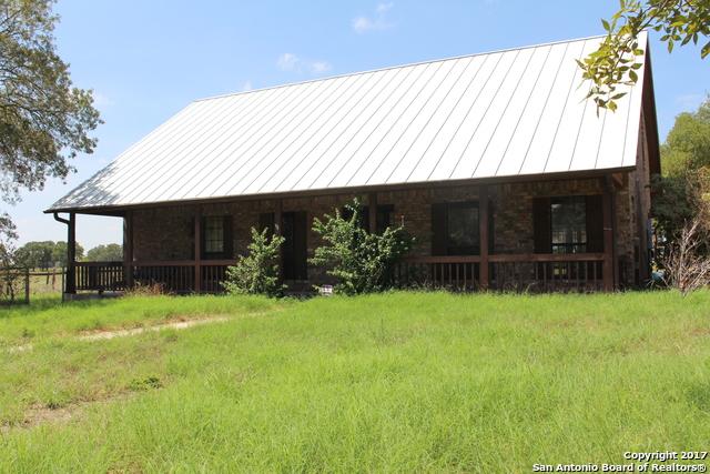 203 County Road 7722, Natalia, TX 78059