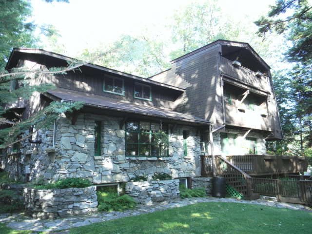 147 William Street, Old Forge, NY 13420