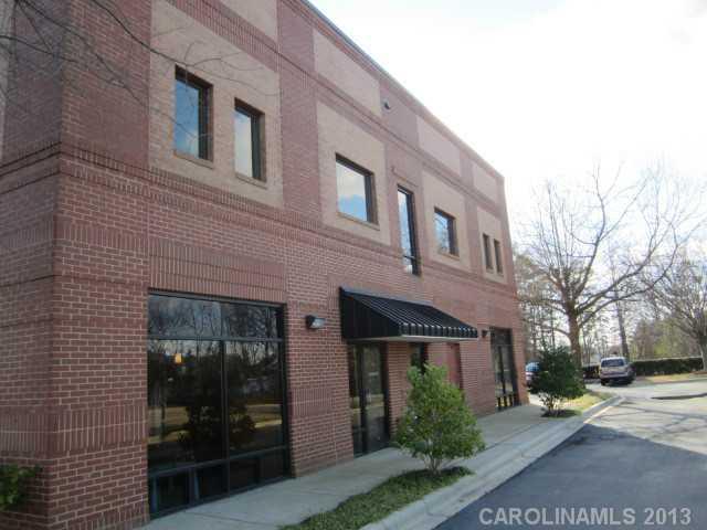 18047 W Catawba Avenue, Cornelius, NC 28031