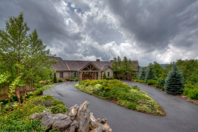 1705 Forest Ridge Drive, Linville, NC 28646