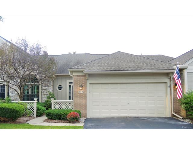 655 BROCKMOOR Lane 67, Bloomfield Hills, MI 48304