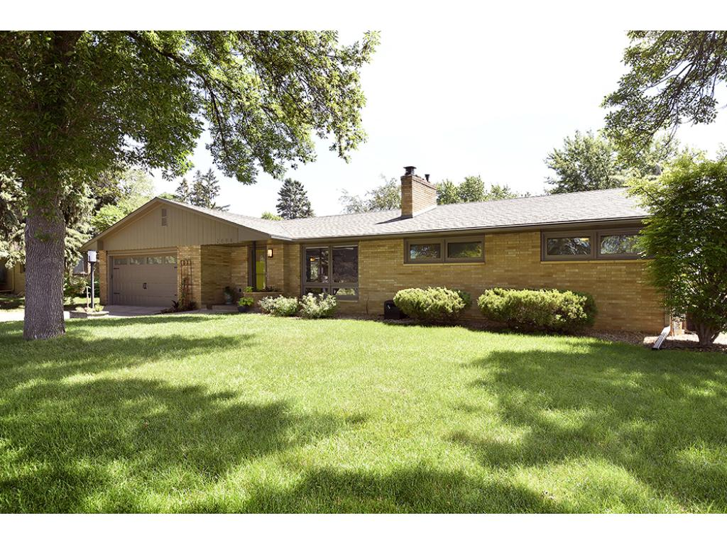 2098 Timmy Street, Mendota Heights, MN 55120