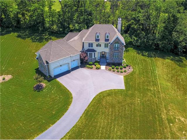 2710 Imperial Crest Lane, Lower Saucon Twp, PA 18055