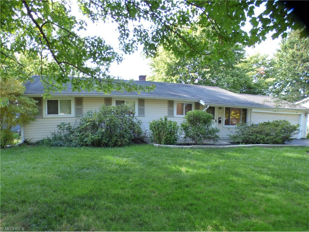 5968 Reynolds Rd, Mentor-on-the-Lake, OH 44060