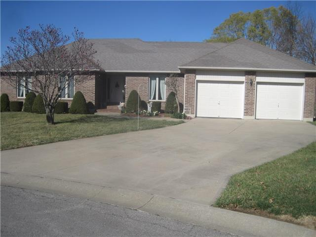 607 Horseshoe Drive, Pleasant Hill, MO 64080