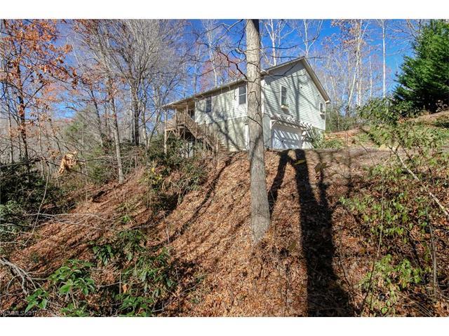 44 Walkertown Road, Black Mountain, NC 28711