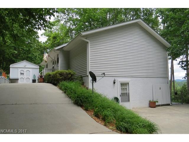 479 Rosewood Lane, Burnsville, NC 28714