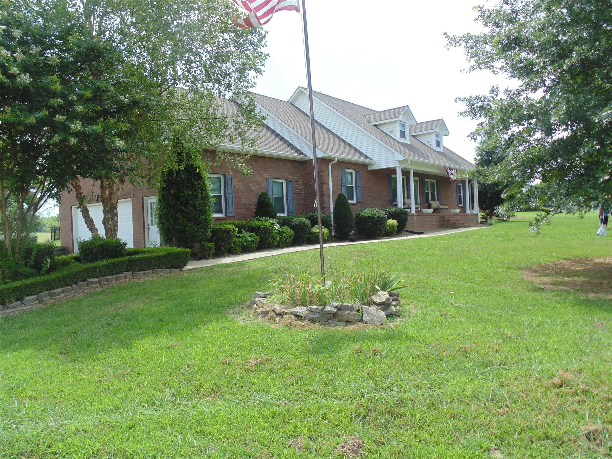 584 Jennings Ln, Shelbyville, TN 37160