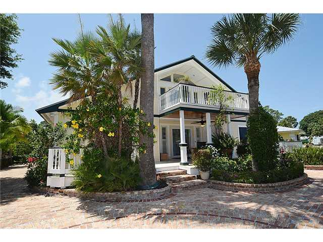 9090 SE YACHT CLUB Circle, Hobe Sound, FL 33455