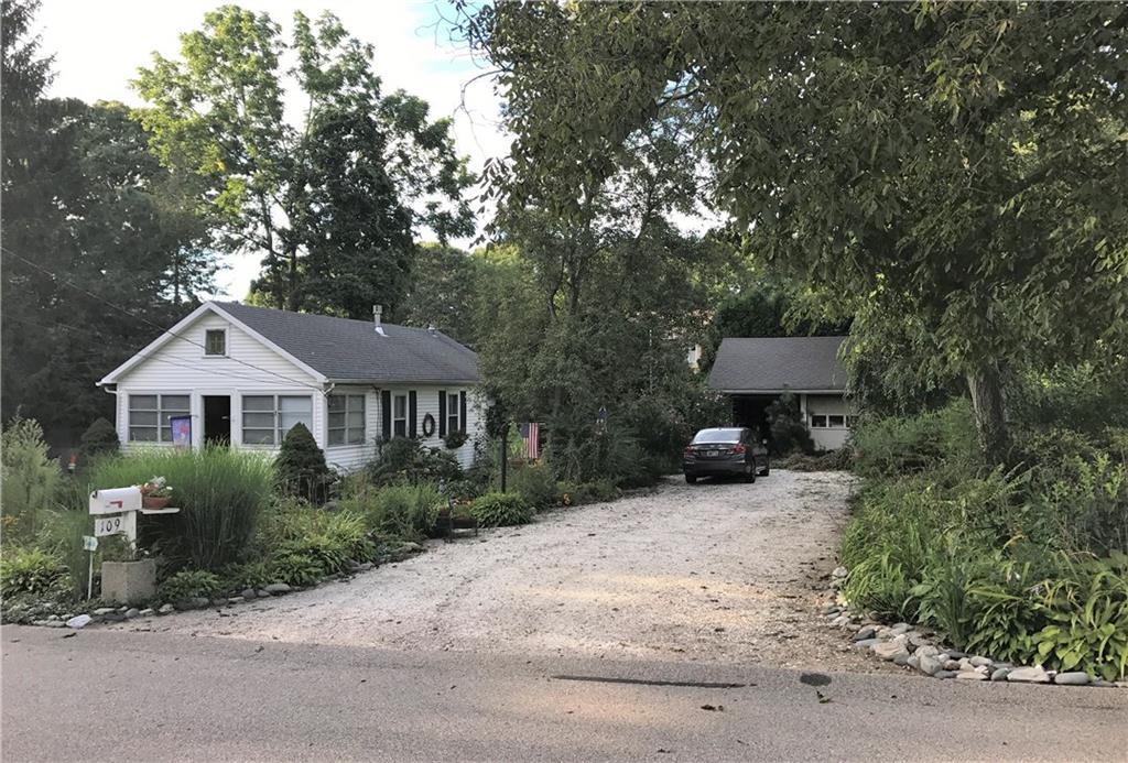 109 Conanicus RD, Narragansett, RI 02882