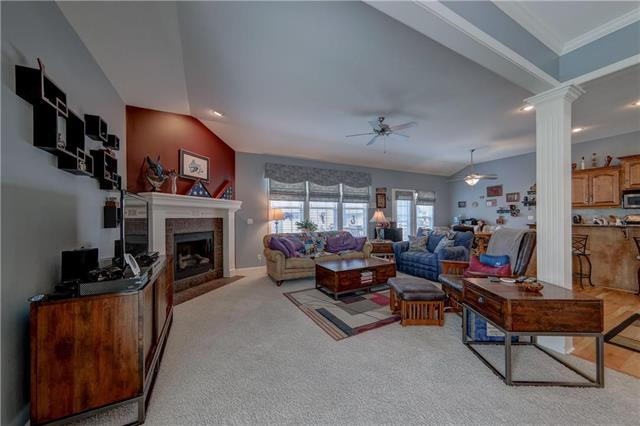15844 Linden Street, Overland Park, KS 66224