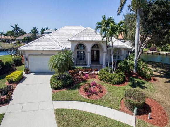 1695 RAINBOW, MARCO ISLAND, FL 34145