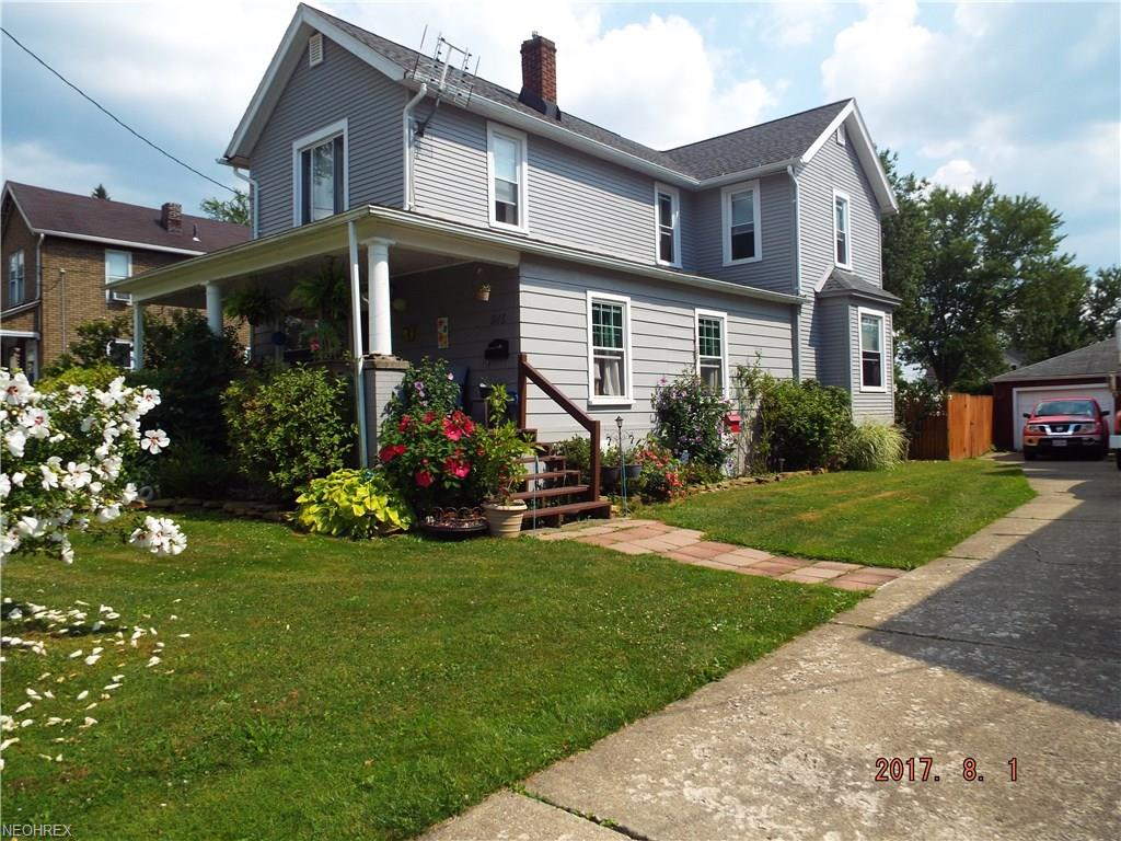 915 South St, Niles, OH 44446