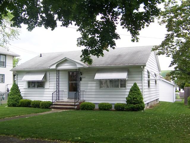 1064 Lincoln St., Elmira, NY 14901