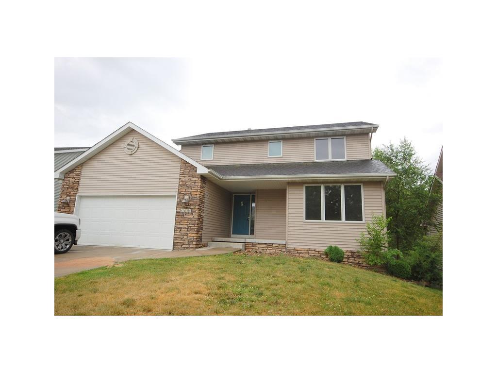 5135 Walnut Ridge Drive, Des Moines, IA 50317