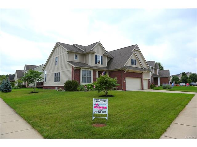 1713 CARRIAGE Hill, Commerce Twp, MI 48382
