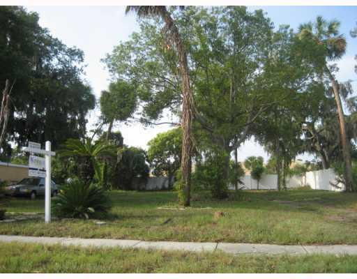 523 Rogers STREET, Clearwater, FL 33757